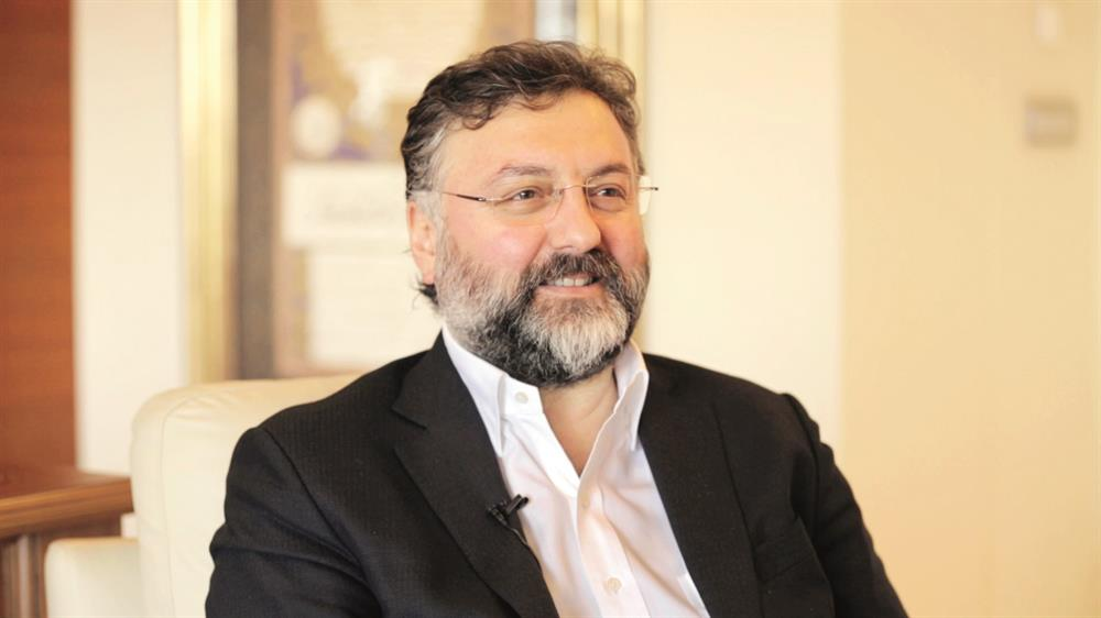 Sur Yapı Yönetim Kurulu Başkanı Altan Elmas,
