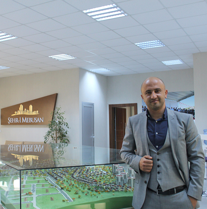 Aymor Grup Yönetim Kurulu Üyesi Kürşat Ayhan - Mebuskent