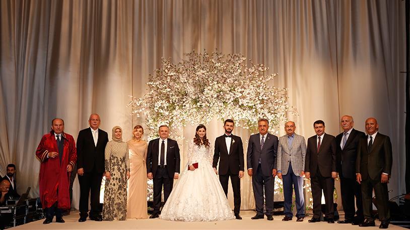 Ömer Dumankaya'nın Oğlu Aykut Dumankaya Evlendi