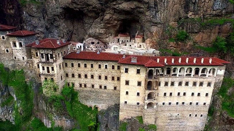 Sümela Manastırı Çok Yakında Ziyarete Açılıyor